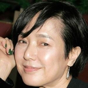 Kaori Momoi Headshot 2 of 4