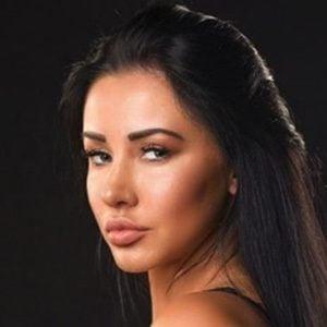 Kara Lina 2 of 6
