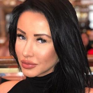 Kara Lina 3 of 6
