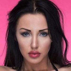 Kara Lina 4 of 6