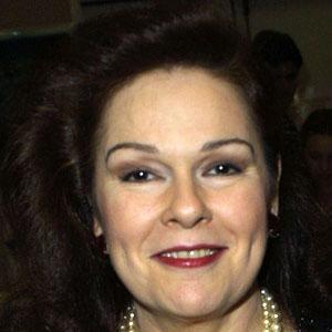 Karen Lynn Gorney 2 of 4