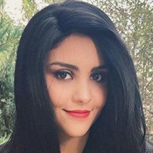 Karen Navarro 5 of 5