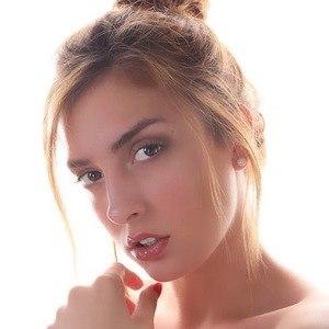 Karin Bonucci 5 of 6