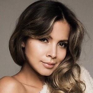 Karin Jiménez 2 of 6