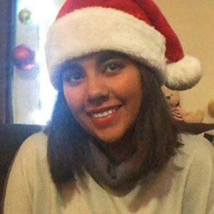 Karla Espinosa Gallardo 4 of 5