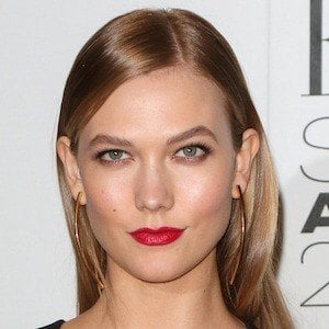 Karlie Kloss 7 of 8