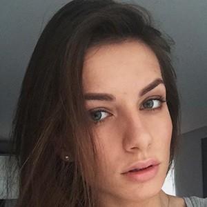 Karolina Bojar 4 of 4