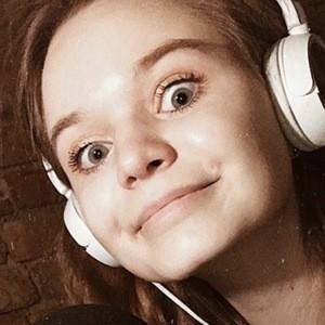 Karolina Leszkiewicz 3 of 6