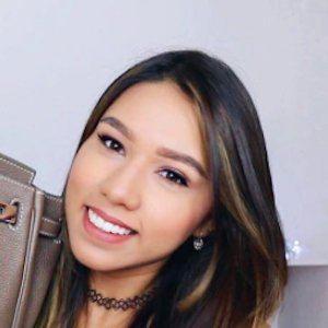 Kassandra Suarez 5 of 7