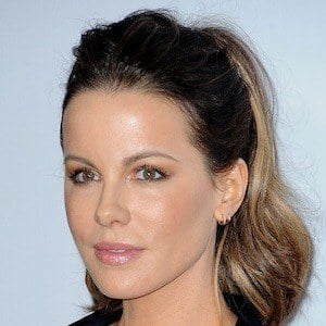 Kate Beckinsale 5 of 10