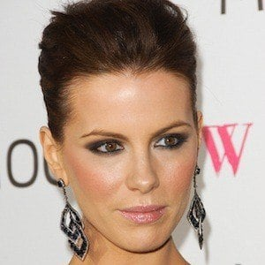 Kate Beckinsale 9 of 10