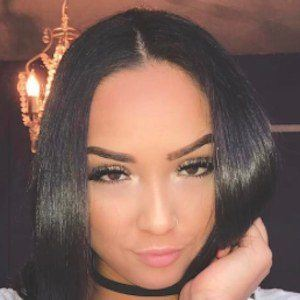 Katelyn Ashley 5 of 10