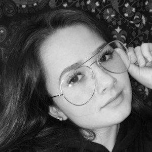 Katelyn Marie Davis 8 of 10