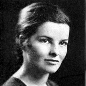 Katharine Hepburn 4 of 10