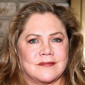 Kathleen Turner 4 of 9