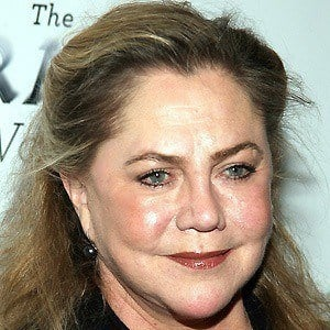 Kathleen Turner 5 of 9