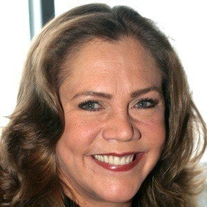 Kathleen Turner 9 of 9