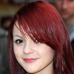 Kathryn Prescott 5 of 5