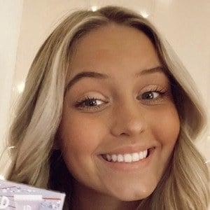 Katie Henninger Headshot 7 of 7