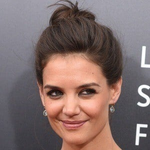 Katie Holmes 7 of 10