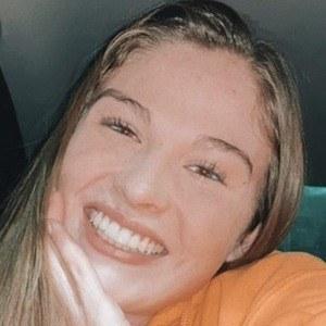 Katie Huntley Headshot 7 of 10