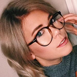 Katie Legate Headshot 4 of 6