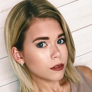 Katie Legate Headshot 5 of 6