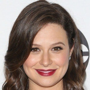Katie Lowes 6 of 6