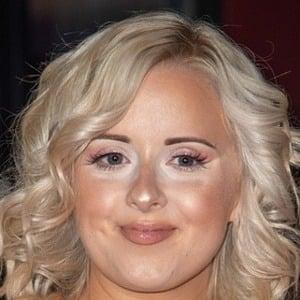 Katie Thistleton Headshot 2 of 2