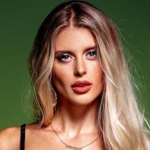 Katrina Mykhajlenko 10 of 10