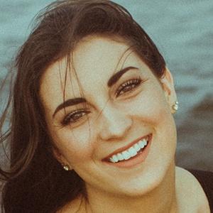 Kayla Nettles 3 of 6