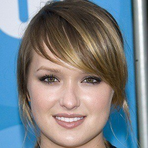 Kaylee Defer 4 of 6
