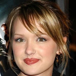 Kaylee Defer 5 of 6