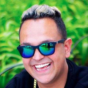 Keff Guzmán 4 of 5