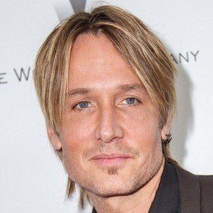 Keith Urban 2 of 10