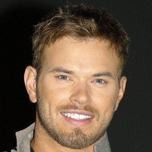Kellan Lutz 4 of 10
