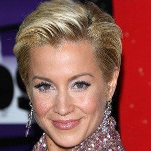 Kellie Pickler 2 of 8