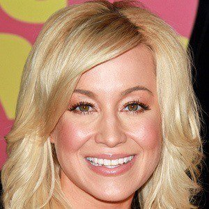 Kellie Pickler 3 of 8
