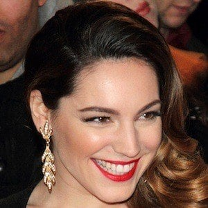 Kelly Brook 6 of 10