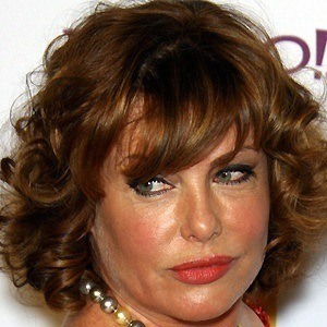 Kelly Lebrock 2 of 7