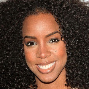 Kelly Rowland 5 of 10