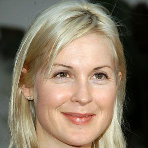 Kelly Rutherford 2 of 10
