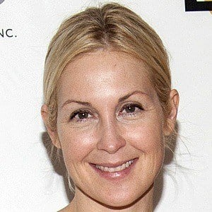 Kelly Rutherford 6 of 10