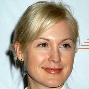 Kelly Rutherford 9 of 10