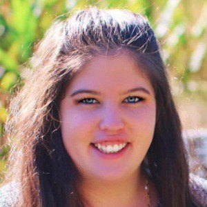 Kelsey Grennan 3 of 4