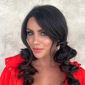 Kelsey Lowrance 2 of 6