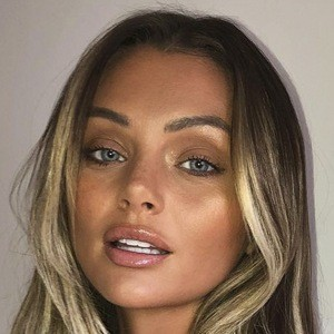 Kendall Rae Knight Headshot 7 of 10