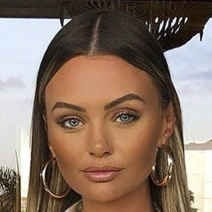 Kendall Rae Knight Headshot 8 of 10
