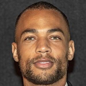 Kendrick Sampson Headshot 8 of 10