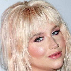 Kesha 8 of 9
